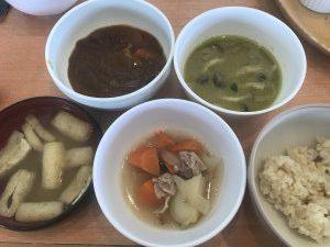 パークサイドキッチン料理カレー